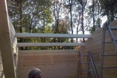 Aufbau der Dachkonstruktion der rechten Garage