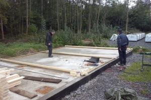 Aufbau der Wände der rechten Garage