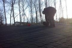 Dachdeckerarbeiten an der rechten Garage