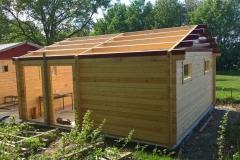 Aufbau der Dachkonstruktion der linken Garage