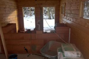 Innenausbau: Maurerarbeiten an Küche und Duschen