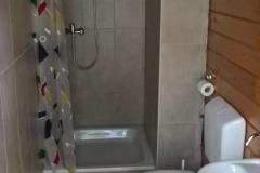 Innenausbau: Sanitärinstallationen an Küche und Duschen